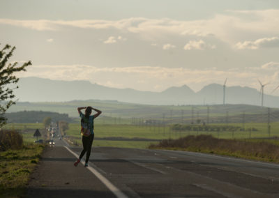 A girl waits for the Korrika in Lodosa. (Gari Garaialde / Bostok Photo)